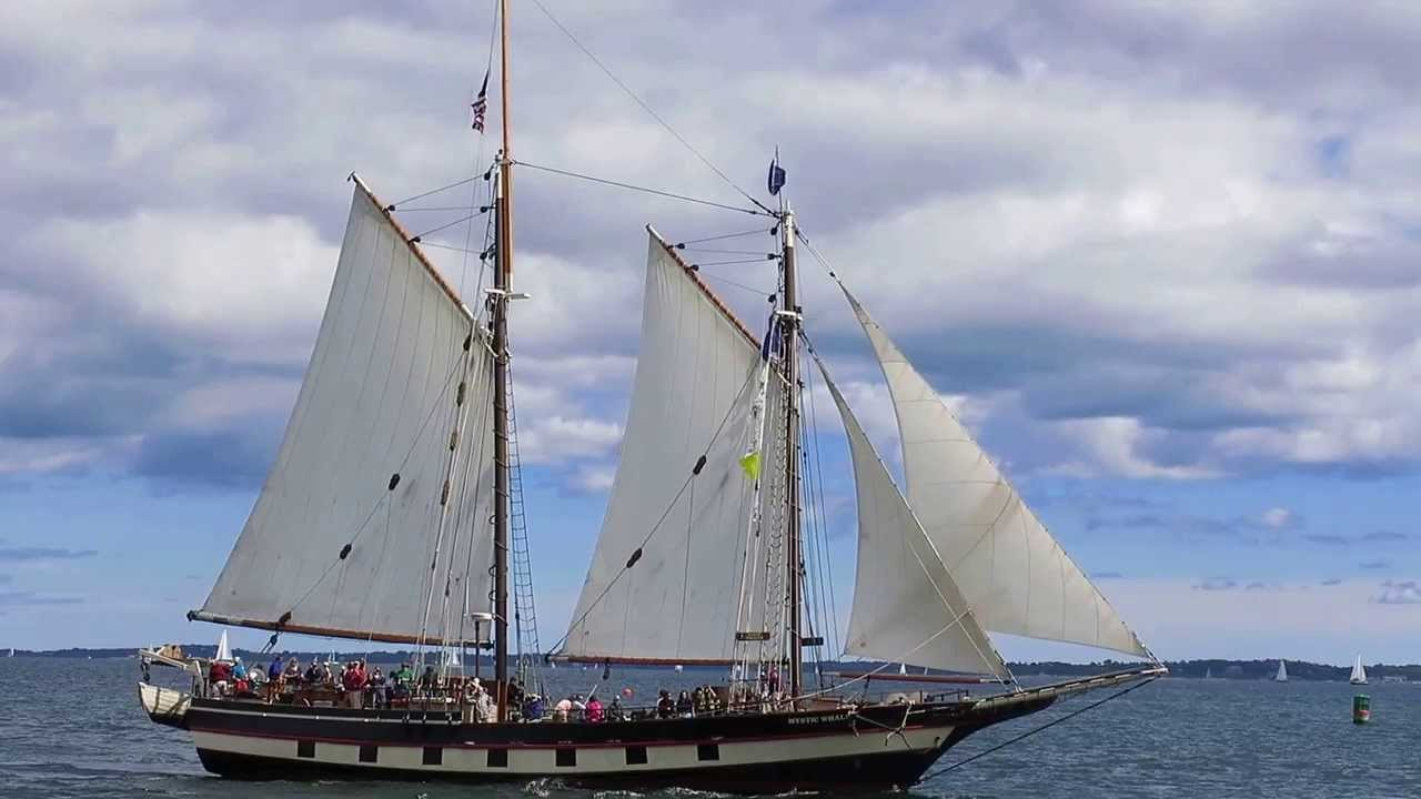 La goélette Mystic Whaler près de New London