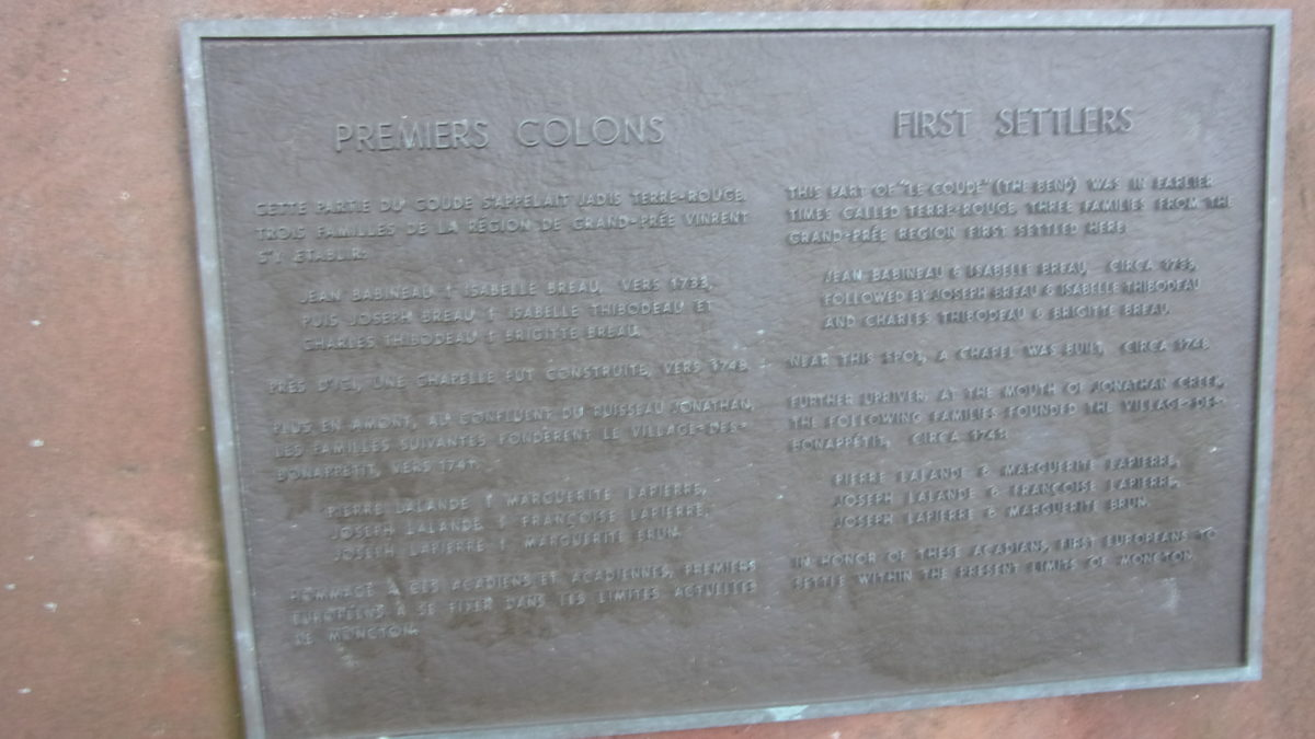 Commemorative plaque in honor of the first inhabitants
