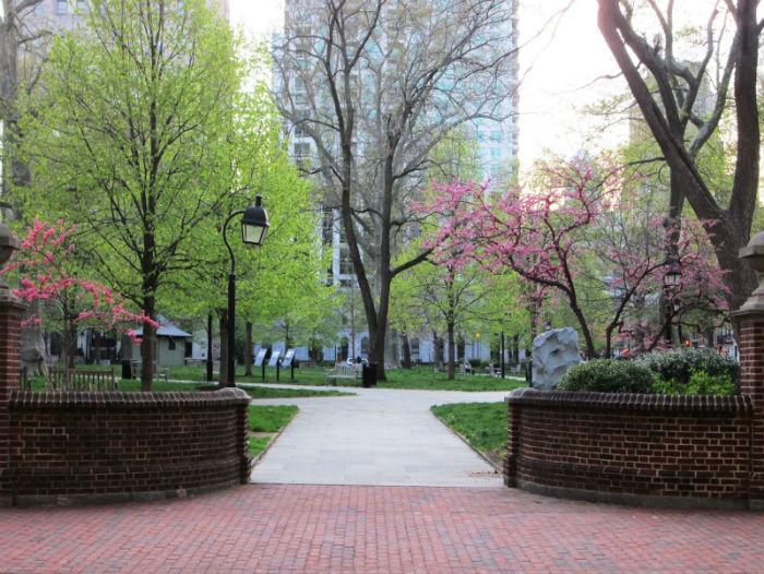 Porte de l'Est du parc Washington Square