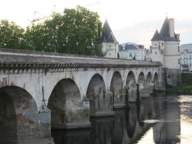 Pont Henri IV à Châtellerault