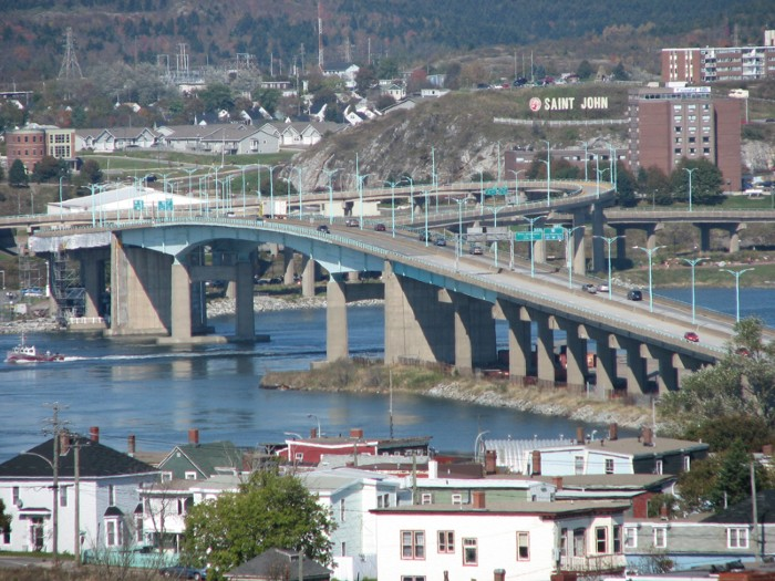 Pont du port de Saint-Jean